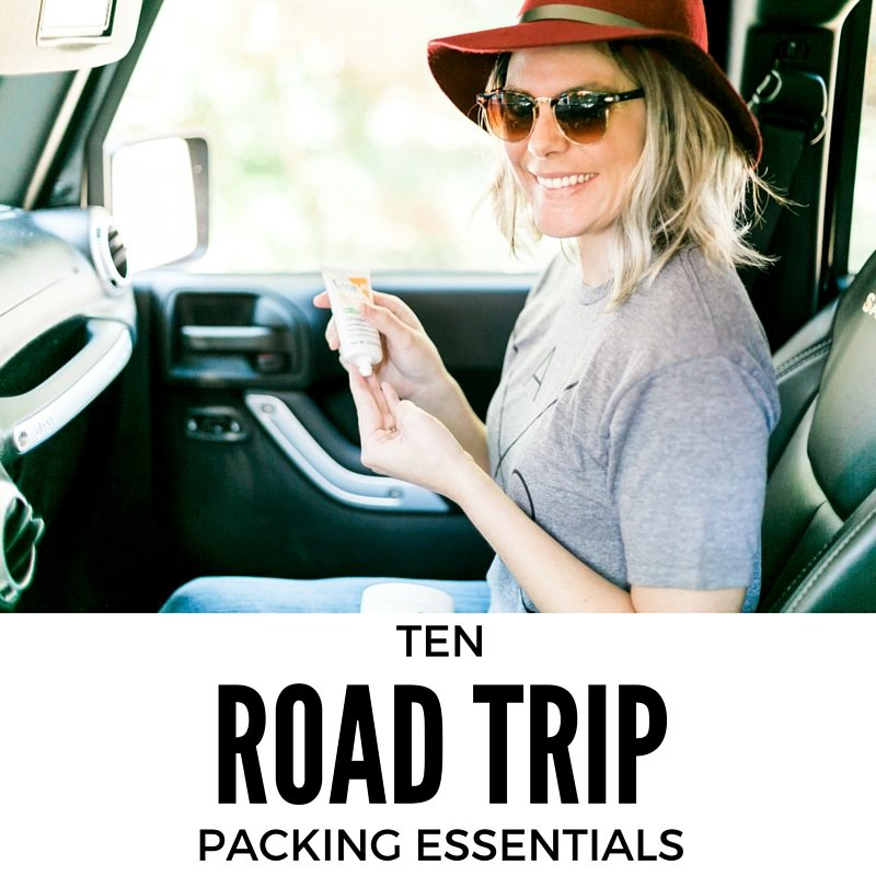 10 Road trip packing essentials / packing tips for travel // thinkelysian.com